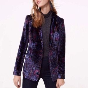 {Loft} EUC Crushed velvet purple floral blazer